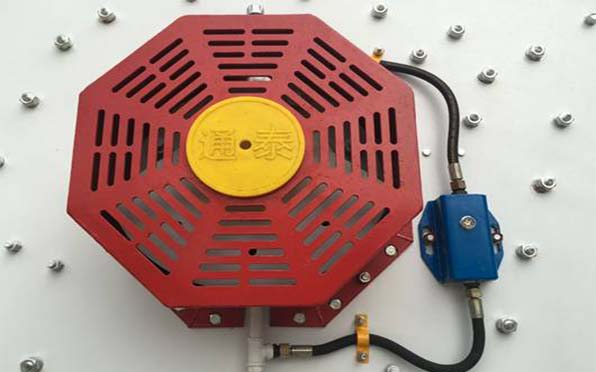 高频振动筛稀油激振器